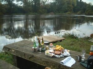 Estate Fishing Low Lake Lunch